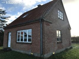 Rødstensvilla i Nørrenebel !