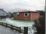 Velholdt bungalow .